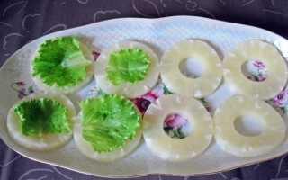 Закуска с ананасами: пошаговый рецепт с фото. Простая ананасовая закуска – пошаговый рецепт с фото Закуска из ананаса консервированного